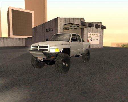 Dodge Ram Prerunner v2