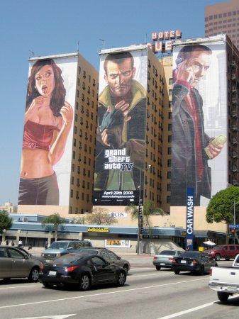 Нові рекламні плакати GTA IV у Лос-Анжелесі
